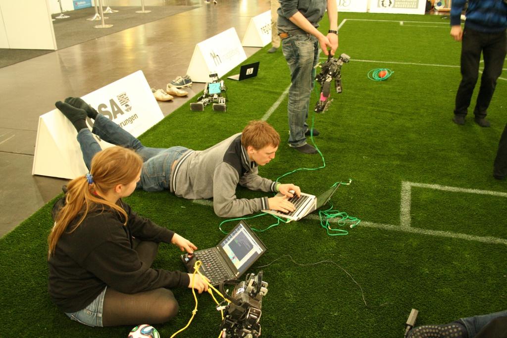 working_on_field4
